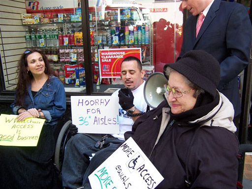 larger photo of Ramon Santos of CIDNY speaking on need for accessibility